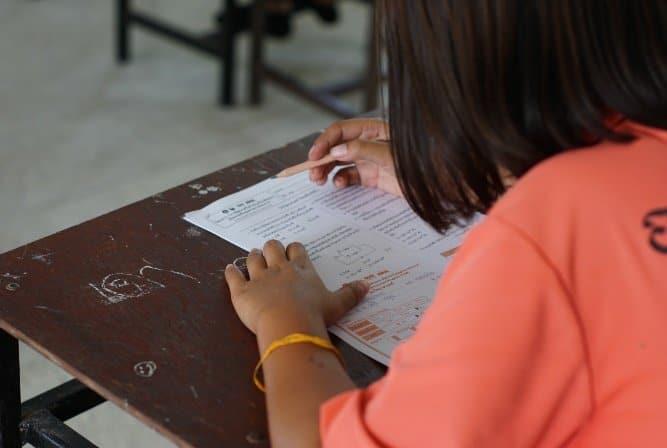 reading thai classroom